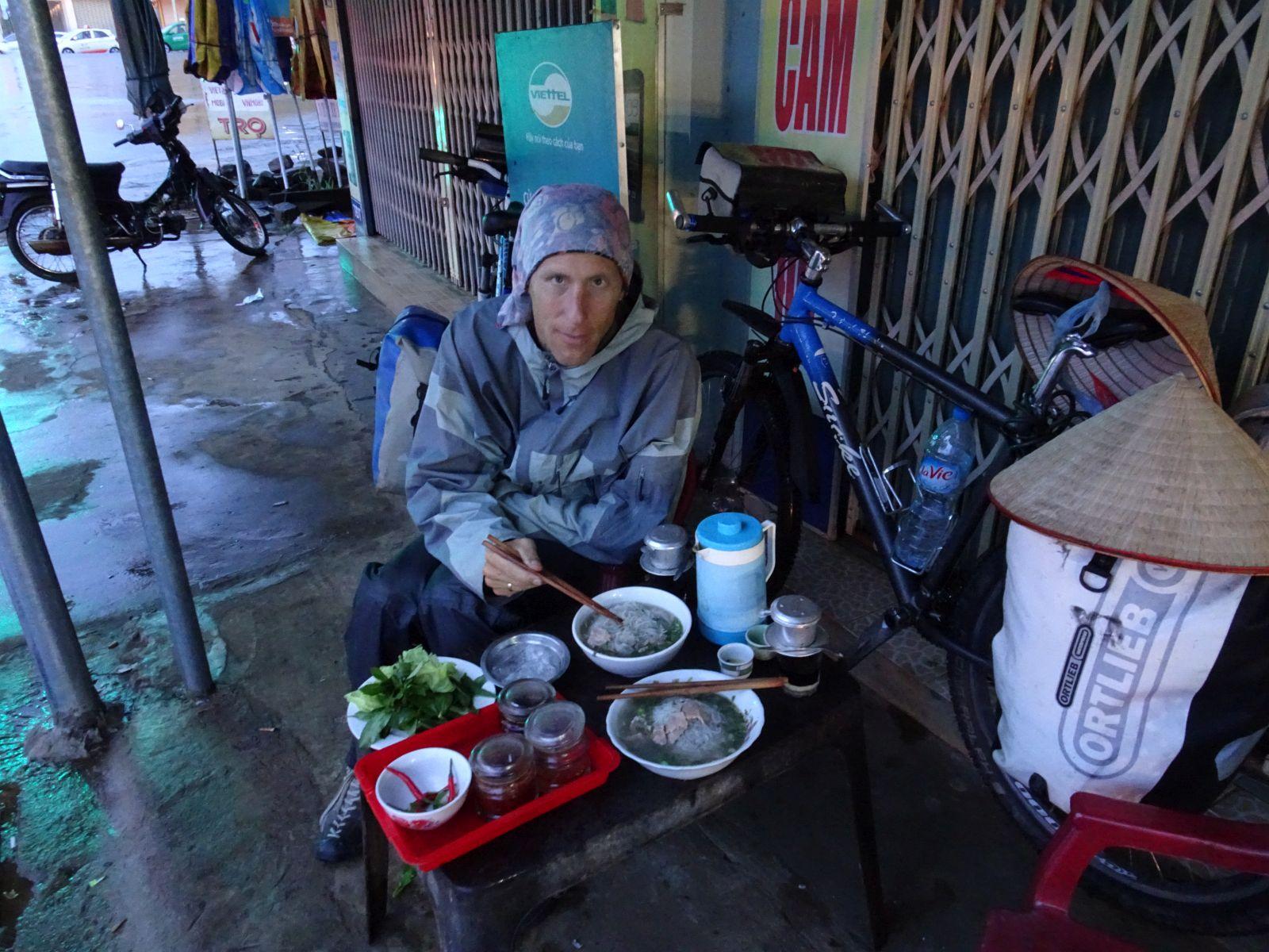 09.12.2016 – 12.12.2016 von Hue nach Ngoc Hoi